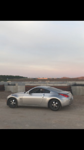 Nissan 350Z Coupe (2 door) with less then 98k