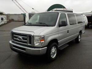 2010 Ford Econoline E-350 Extended 15 Passenger Van