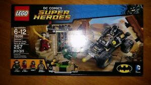 Lego DC Super Heroes 76056 Batman Rescue from RA's al Ghul 257