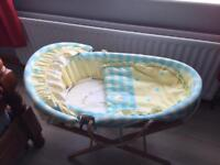 MAMAS AND PAPAS BABY MOSES BASKET WITH STAND