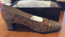Brand new Michelle Barri shoes never worn