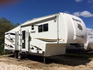 2008 Triple E Topaz Touring Edition 32 ft 5th wheel camper