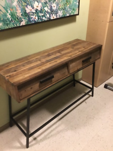 Beautiful Rugged Wood Table - Never Used