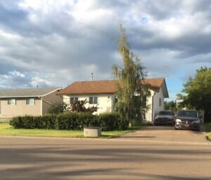 I HAVE A 5 BDRM HOUSE FOR RENT IN DONNELLY