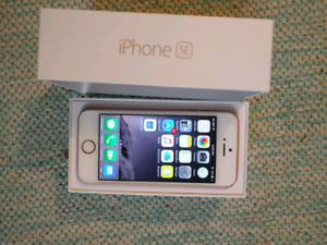 Rose gold IPhone se 64GB UNLOCKED