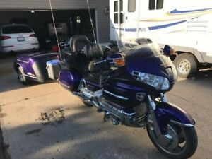 2002 Honda Goldwing BEAUTIFUL SHAPE loaded REDUCED