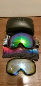 Anon M2 Snowboard/Ski goggles w/extra lense