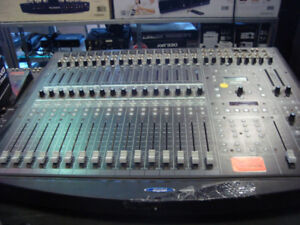 Console Digitale Soundcraft Spirit Three Two