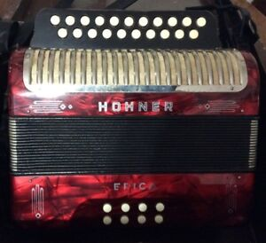 Accordéon Hohner Erica rouge à vendre