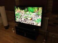 Samsung 50 inch Flat Screen Tv - Remote & Stand