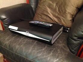 Sky hd plus box with control