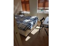 A NICE BIG DOUBLE ROOM AT AN AMAZING FLAT IS AVAILABLE TO RENT AT ST. JOHNS WOOD