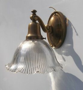 Antique Brass Wall Sconce Light.