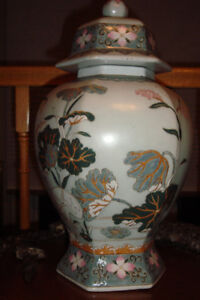 nice asian urn with birds