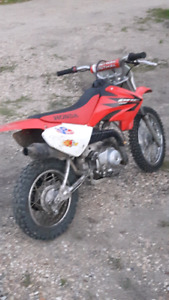 2006 Honda crf70f dirt bike PENDING