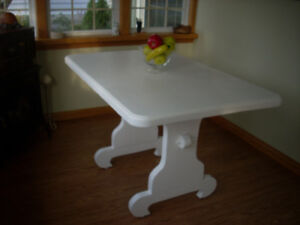 UPDATED SOLID PINE RUSTIC TABLE