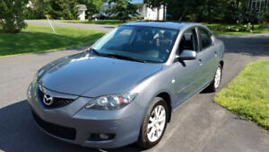 Mazda 3 2007 Touring **PAS BEAUCOUP MILLAGE** Manuelle