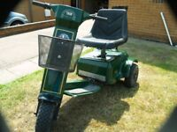 three wheeled electric golf buggy new batterys in good condition