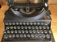 Imperial Hand Writer 1933, very good condition.