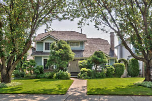 *OPEN HOUSE:Sunday, August 20th* Gorgeous 3 Bedrooms +Den House!