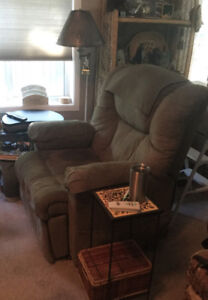 Lift chair 380.00 recliner that lifts you to standing position.