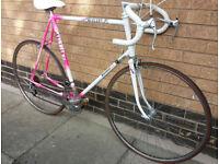 Raleigh Mercury road bike superb condition (city centre)