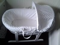 £40 · WHITE MOSES BASKET & ROCKING STAND AS NEW