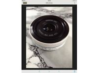 Samsung 16mm lens I-Function (White)