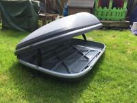 Halfords 420 litre roof box less than a year old with two spare keys