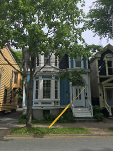 5 BEDROOM CORNER OF INGLIS/BRUSSELS NEAR DAL, SMU, NSCAD