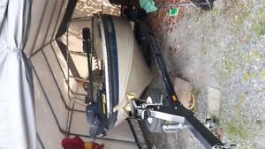 Nice 2001 Crestliner Sportfish 1750