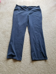 Maternity Yoga pants Size XL
