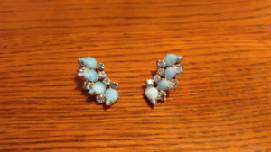 Vintage Costume Clasp Earrings