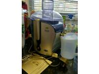 **BREVILLE JUICE FOUNTAIN EXCELLENT CONDITION ONLY £25 O.N.O**