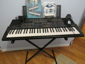 Yamaha PSR-510 Keyboard and Accessories