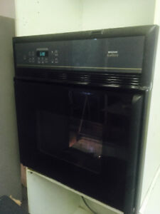 Convectional Oven Frigidaire for sale