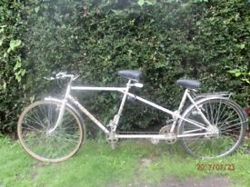 VINTAGE PEUGEOT GRAND TOURER TANDEM BICYCLE FROM THE 1980'S