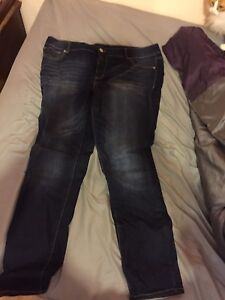 Size 22 brand new never wore regular jeans from Maurices