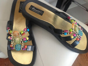 GRANDCO SANDALS, WORN ONCE, TO BIG FOR ME