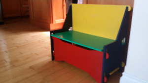 KIDS BENCH & TOYS STORAGE ...excellent condition