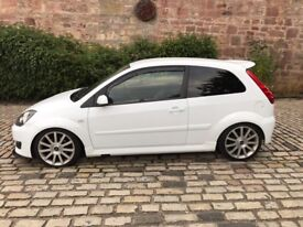 Ford Fiesta st 150 rare white and full leather