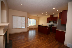 Rutherford Attached Garage 3 Bedrooms Bonus Room Adjacent to CP