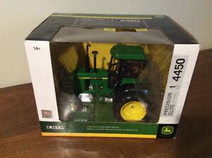 ERTL 1/16 John Deere 4450 Precision Elite Tractor