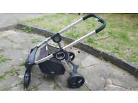 CHICCO URBAN travel system + FREE Chicco Walker