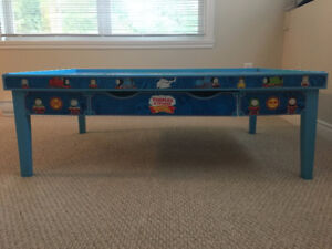 Official Thomas Table with reversible top and storage