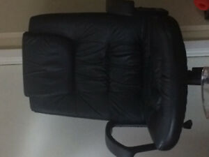 Mint condition computer chair
