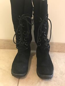 Woman's size 8 Baffin Boot!