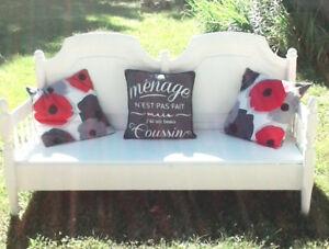 Magnifique banc deco en bois ou lit  d'enfant blanc 3 places