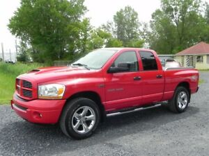 2006 Dodge RAM 1500 Quad ST/SLT Sport *V8 5.7*Pick-Up*Toit*4x4*A