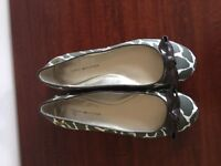 Brand new Tommy Hilfiger pumps - size 5
